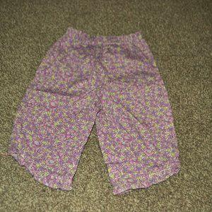 Oshkosh elastic waist capri, size 24 months
